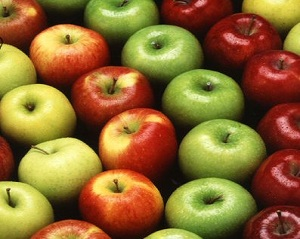Advantages and facts of eating apples